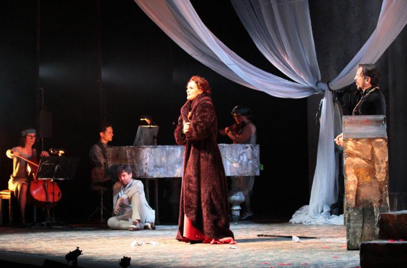 24 hores de la vida d'una dona onyric teatre condal