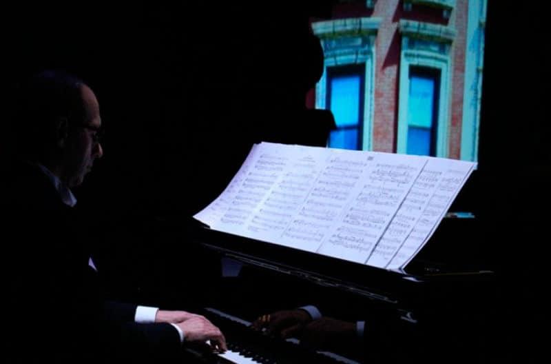 I hate music! Cançons, lletres i records de Leonard Bernstein onyric teatre condal barcelona